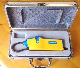 Halogen Leak Detector with case